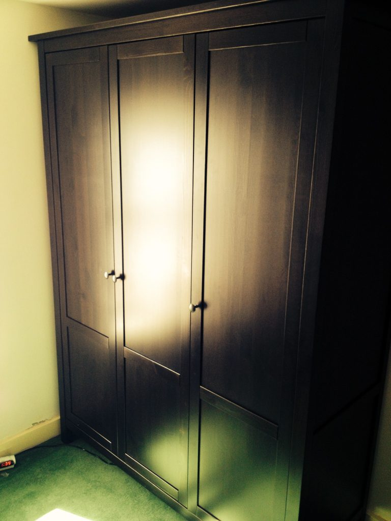 ikea hemnes 3 door wardrobe assembly brighton flat pack dan. Black Bedroom Furniture Sets. Home Design Ideas