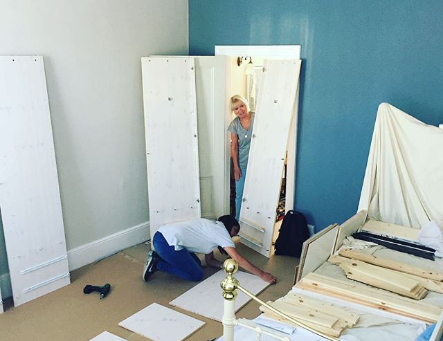 steens-large-wardrobe-assembly-brighton-sussex